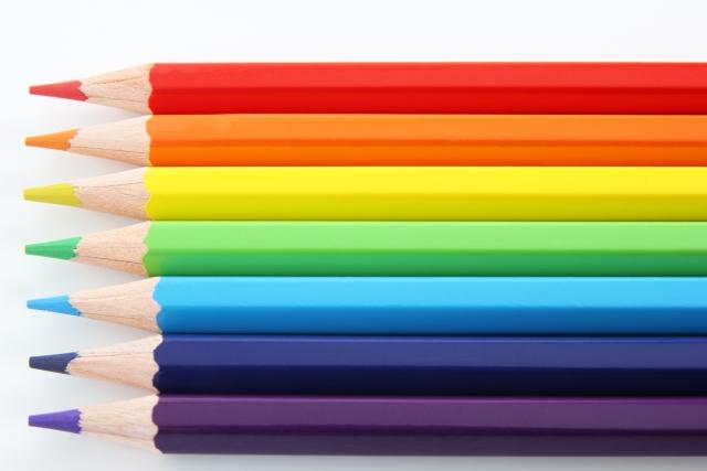 7色の色鉛筆
